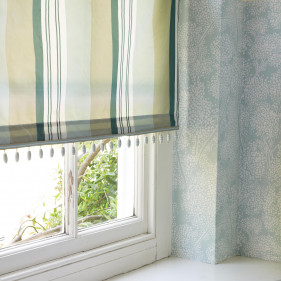 Inspiration 1 - Lift curtains with trimmings