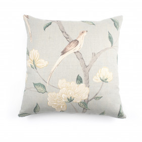Cushion with floral and bird motif. 54x54 cm