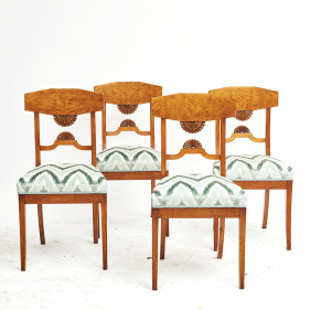 Set of four Baltic flame birch dining chairs from c. 1810-1820