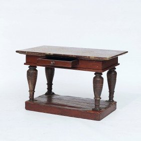 Swedish baroque center Table with Öland Limestone Top