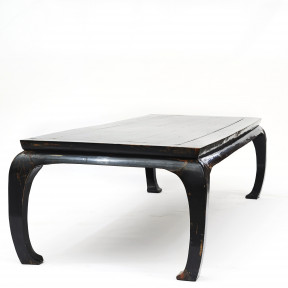 Rare large Chinese Dining Table in Original Black Lacquer